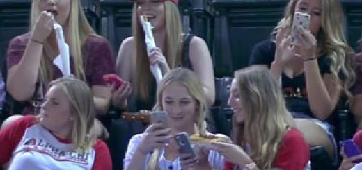 Durant-match-baseball-filles-preferent-selfies