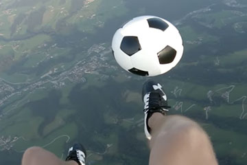 Football acrobatique