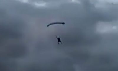 parachutiste crash lac