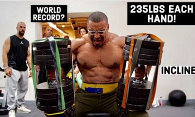 Larry Wheels realise developpe incline halteres 106 kilos