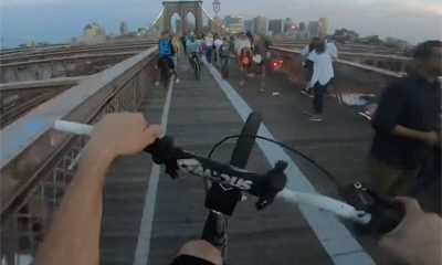 Traverser pont Brooklyn avec son velo et en wheeling